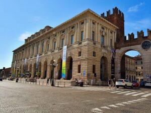 義大利威尼斯 Verona 維羅納 必玩 - Palazzo della Gran Guardia 大瓜爾迪亞宮