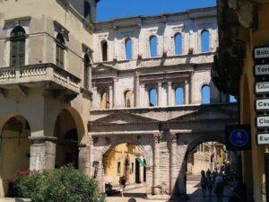義大利威尼斯 Verona 維羅納 必玩 - Porta Borsari = Porta Iovia 波薩利門 = 愛達維亞門