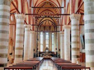 義大利威尼斯 Verona 維羅納 必玩 - Basilica di San Lorenzo 聖洛倫佐教堂 = 聖老楞佐堂