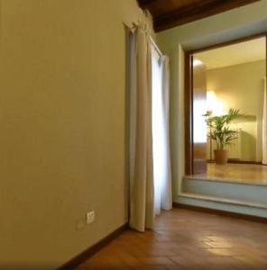 小資精選網紅飯店 - 佩斯基耶拉‧德爾‧加爾達 Osteria Luxury Apartments