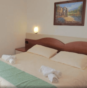 小資精選網紅飯店 - 錫爾苗內梅里蒂安娜酒店 Hotel Meridiana