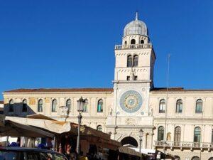 義大利威尼斯 Padova (Padua) 帕多瓦 (巴都亞) 必玩 - Piazza dei Signori 領主廣場 = 正義廣場