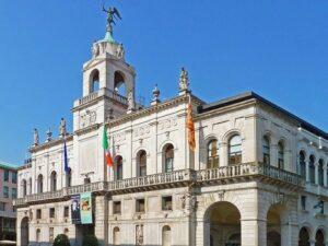 義大利威尼斯 Padova (Padua) 帕多瓦 (巴都亞) 必玩 - Palazzo Moroni = Comune di Padova 莫洛尼宮 = 市政廳