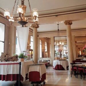 義大利威尼斯 Padova (Padua) 帕多瓦 (巴都亞) 必吃 - Piano Nobile Caffè Pedrocchi 佩德羅基咖啡廳 (無門咖啡館)