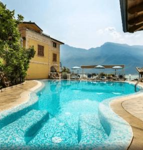 小資精選網紅飯店 - 利莫內·蘇爾·加爾達 Hotel all'Azzurro