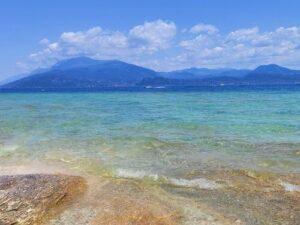 義大利威尼斯 錫爾苗內 = 西爾苗內 = 西米歐尼 Sirmione (威尼斯語 Sirmion) 必玩 - Jamaica Beach 牙買加海灘