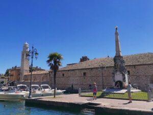 義大利威尼斯 拉齊塞 Lazise 必玩 - Monumento Commemorativo ai Caduti 陣亡將士紀念碑