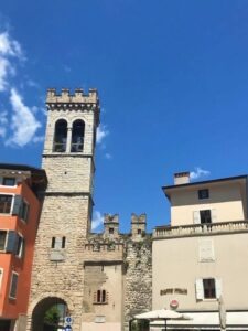 義大利威尼斯 里瓦∙德爾∙加爾達 Riva del Garda 必玩 - Porta di San Michele = Porta d'Arco 聖米歇爾門