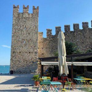 義大利威尼斯 錫爾苗內 = 西爾苗內 = 西米歐尼 Sirmione (威尼斯語 Sirmion) 必吃 - Bar della Torre