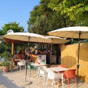 義大利威尼斯 錫爾苗內 = 西爾苗內 = 西米歐尼 Sirmione (威尼斯語 Sirmion) 必吃 - Jamaica Bar