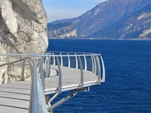 義大利威尼斯 利莫內·蘇爾·加爾達 Limone sul Garda 必玩 - Ciclopedonale Limone 自行車道